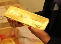 Megütötte a főnyereményt Matolcsy az aranyvásárlással
