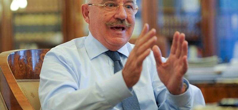 """Martonyi: """"valóban idegesítő"""" a magyar hiány"""