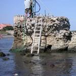 Megfejtették a 2000 éves rejtélyt: mitől olyan erős a rómaiak betonja, hogy 2000 év után is áll?