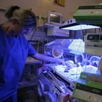 Kásler beismerte: Soha nem tudunk annyit fizetni az ápolónőknek, mint Németországban
