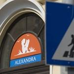 A legtöbb kiadó már visszahívta könyveit az Alexandrától