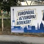 Hivatalos: indul a Lázár-féle plakátkommandó