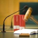 Súlyosabb büntetést kér az ügyész a tábornokperben