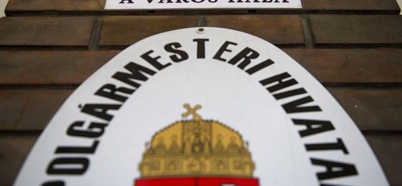 Indulnak a fideszes polgármester-kiképzők