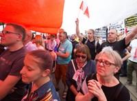 A négy évvel korábbinál magasabb a lengyel választási részvétel