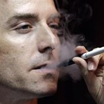 A kormány tovább üldözi az e-cigit