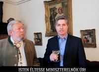 Még nincs is itt Orbán születésnapja, de egy parádés videót már kapott ajándékba