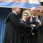Pórázon az egyetemek: önismereti válságban van a felsőoktatás?
