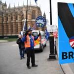 Brexit: négy forgatókönyvről szavaz a brit parlament