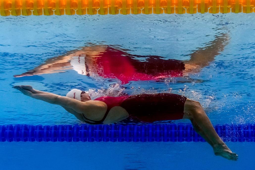afp.17.07.24. - FINA nagyítás - A kínai Chen Jie a százméteres hátúszás elődöntőjében