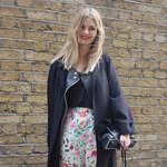 Street fashion: Virág és pötty - Jönnek a mintás nadrágok!