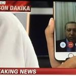 Erdogan a távolból biztosított mindenkit, hogy ő még hatalmon van