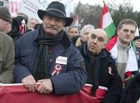 Bayer Zsolt erős minősítésekkel körítve közölte, jöhetne a békemenet