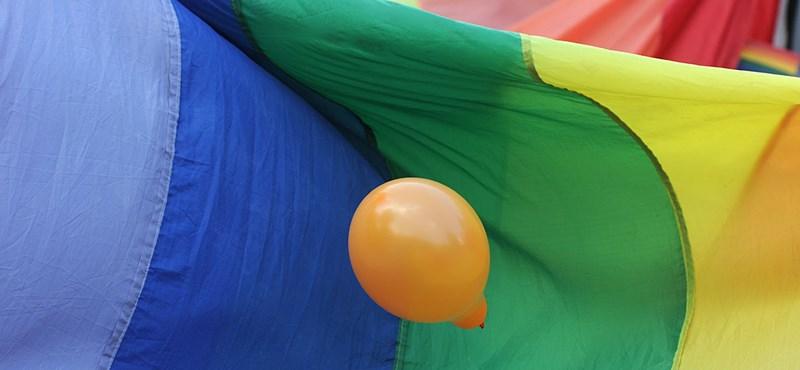 Leszbikus szülei miatt nem vettek fel egy diákot az egyik Waldorf-iskolába