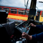 Újsághirdetésben toboroz mozdonyvezetőket a MÁV