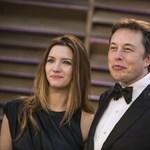 A barátainál csövezik a Tesla-vezér