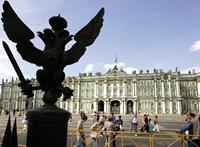 Ismét robbantással fenyegettek meg több közintézményt Oroszországban