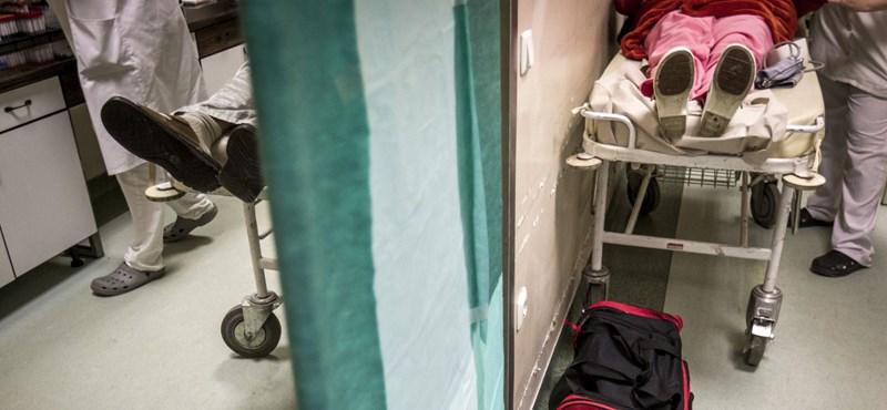 Az összeomlástól féltik a kórházigazgatók a sürgősségi ellátást