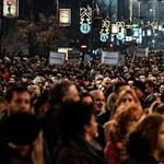 Ismét ezrek tüntettek Belgrádban a szerb elnök ellen