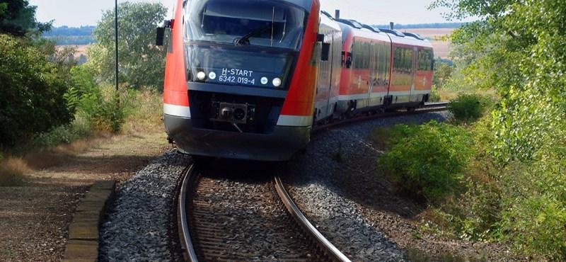 Aláírásokat gyűjtenek az új szegedi vasúti menetrend miatt