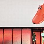 Csinált egy cipőt a... Lenovo
