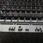 Kalandor lépés volt a Mol-pakett megvásárlása a hitelminősítő szerint