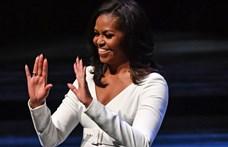 Michelle Obama megmutatta, hogy nézett ki a szalagavatóján