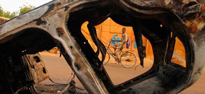 Ismét megtámadtak egy keresztény templomot Burkina Fasóban