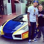 Őrizetbe vették Chris Brownt, miután egy nő segítséget kért
