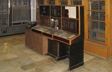 Megtalálták a 75 éves, de még ma is működő számítógép használati utasítását