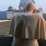 Megnézte este a tévében saját lemondását XVI. Benedek