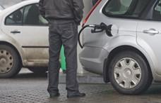 Nagyot csökken a benzin ára