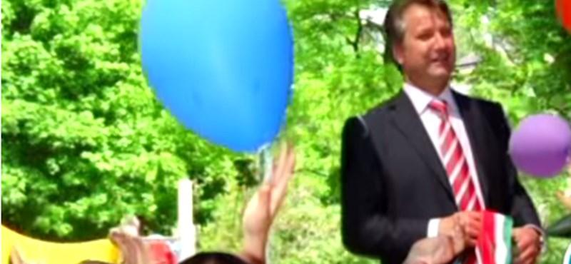 Videó: Bodrogi Gyula beszállt a kampányba