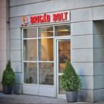 Boltot nyit a Bónusz Brigád