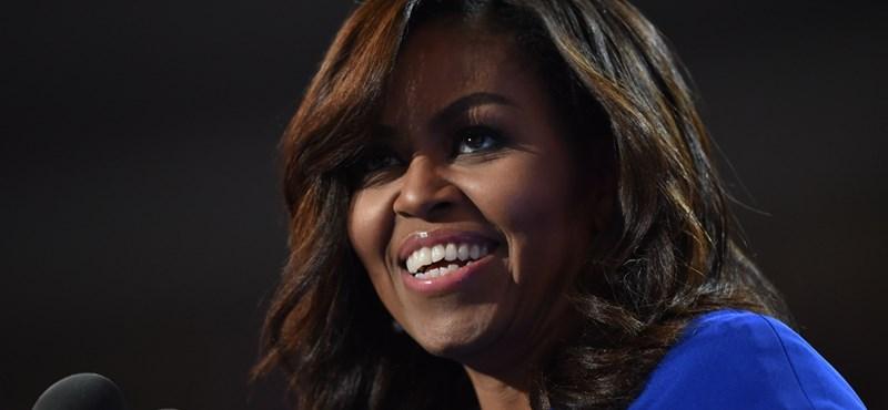 Tízezrek készültek Michelle Obamára, aztán csalódtak