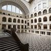 Nyugdíjazza az egyetemi oktatóját a Debreceni Egyetem, aki bosszút sejt
