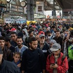Egyre nehezebb bírnak a menekültáradattal Münchenben