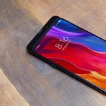 Kiderült: néhány napon belül bemutathatják a világ első 5G telefonját