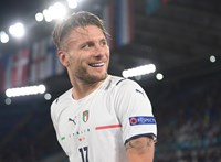 Az olasz góllövők egy színésznagyságot idézve szentségeltek a kamerának