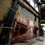 A Párisi udvar felújítása kellemetlen meglepetések sorozata