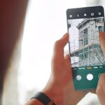 Nekiállt cikizni a Huawei új mobilját a Xiaomi, de lehet, hogy saját magát égette be vele