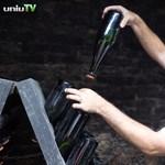 Zöldessárga színű pezsgőt készítettek pécsi tudósok