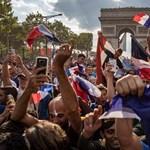 Önkormányzati választás francia módra: Párizs kitiltaná a turistabuszokat