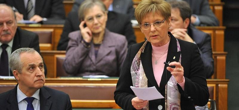 Hoffmann: az igazgatók felelnek az iskolák színvonaláért