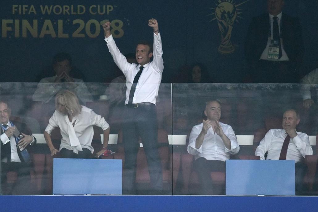18.07.15. Franciaország-Horvátország világbajnoki döntő - Macron, Putyin