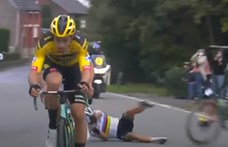 Két helyen tört el a kerékpáros világbajnok keze, miután egy hirtelen fékező motorossal ütközött – videó
