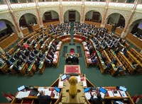Huszadik alkalommal is leszavazta a Fidesz az ügynökakták nyilvánosságra hozását