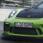 Nem kell ide turbó: szívómotorral szaggatja az aszfaltot az új Porsche 911 GT3 RS