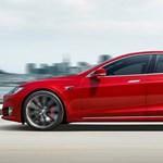 A Tesla nem felel meg miniszteri autónak, jobb a hibrid Mercedes S-osztály