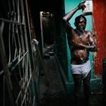 A haiti borbély - Nagyítás